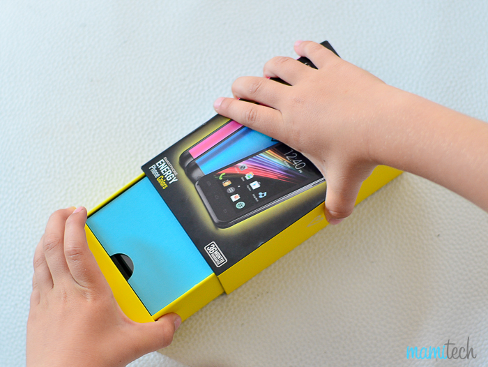 energy-phone-colors-el-primer-movil-para-un-nino-3