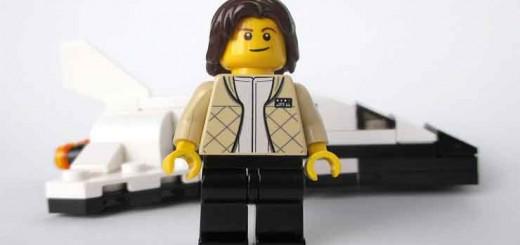 sally-ride-primera-lesbiana-astronauta-LEGO