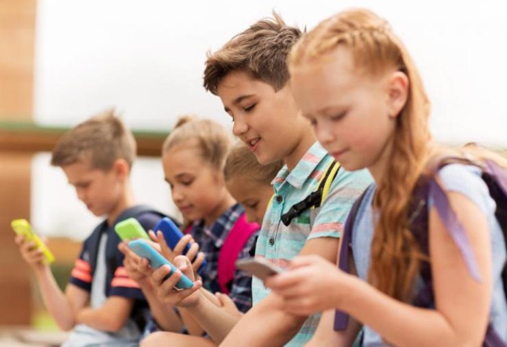 brecha digital en la infancia mamitech