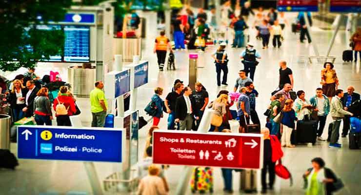 maleta-inteligente-bluesmart-aeropuerto